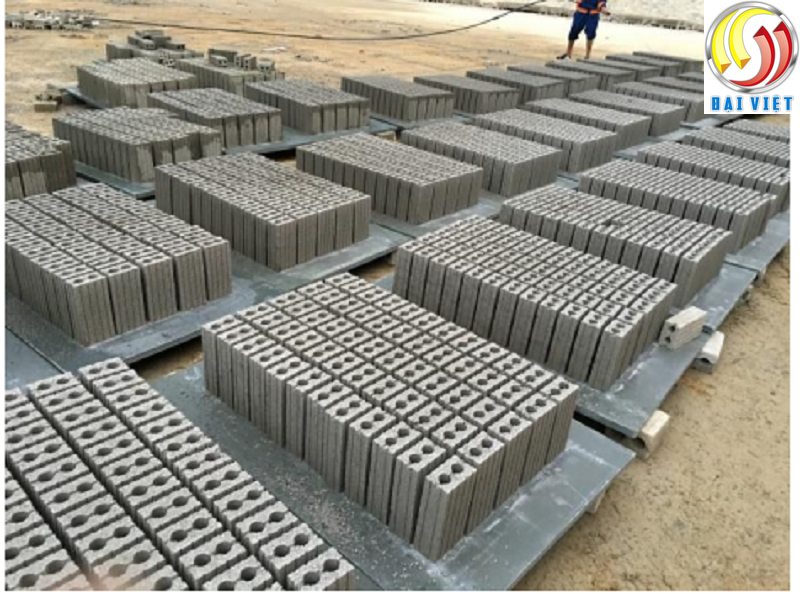 gạch 2 lỗ bê tông cốt liệu, xi măng cốt liệu