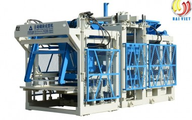 máy ép gạch không nung QT10-15, máy đóng gạch bê tông cốt liệu QT10-15