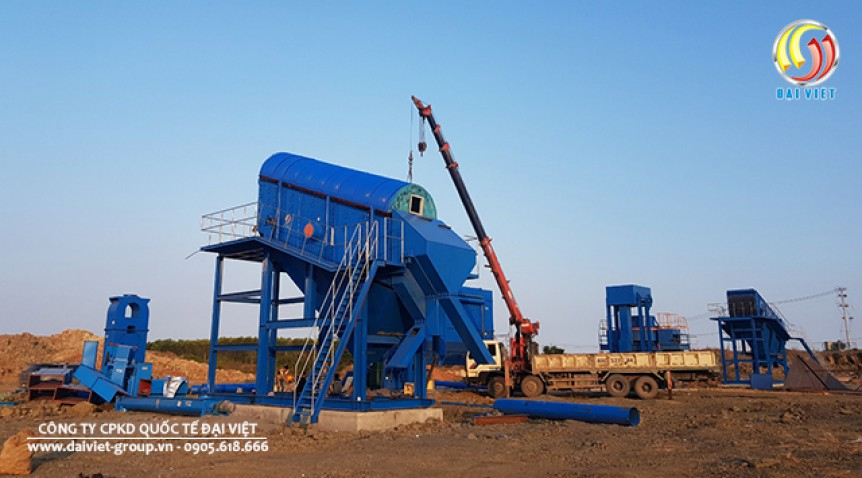 Công suất điện dùng cho máy sản xuất đá là bao nhiêu?